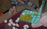 Méo mặt giải quyết hậu quả những pha nghịch ngợm có 1-0-2 của trẻ