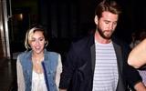 Miley Cyrus và Liam Hemsworth tay trong tay hẹn hò đêm muộn