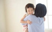 """""""5 phút thủ thỉ"""" và """"cái ôm 8 giây"""" - hai cách dạy con ngoan được nhiều cha mẹ Nhật áp dụng"""