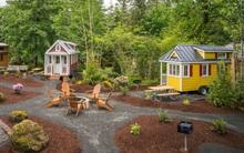 Ghé thăm ngôi làng có 5 ngôi nhà tí hon tuyệt đẹp ở nước Mỹ