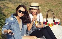 7 món đồ thời trang cứ vào mùa du lịch là lại sốt sình sịch