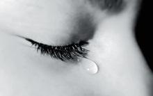 Nước mắt của bạn có màu gì?