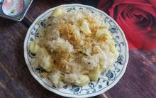 Gió mùa về, nấu ngay nồi xôi sắn dẻo thơm ăn sáng thật ấm bụng