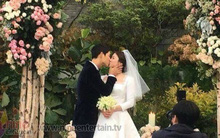 Cận cảnh nụ hôn ngọt ngào cùng màn trao nhẫn khiến fan