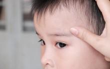 Bị thầy cô bạo hành, trẻ khóc lớn, ánh mắt hoang mang, sợ hãi khi bố mẹ đưa đến trường