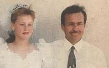 Ám ảnh kinh hoàng của người phụ nữ bị cha dượng bắt cóc, bắt kết hôn và hãm hiếp trong suốt 19 năm