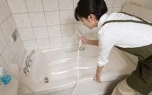 Bằng cách này, chỉ mất 15 phút ống thoát nước bồn tắm sẽ hết tắc ngay lập tức