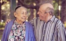 54 năm không rời nhau nửa bước, người chồng đột ngột qua đời vài giờ sau khi biết tin vợ đã lìa trần
