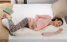 13 chiếc gối hoàn hảo giúp bà bầu ngủ ngon, không đau lưng