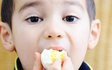 Cho trẻ ăn 1 quả trứng mỗi ngày và điều bất ngờ sẽ xảy ra