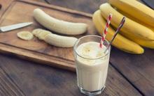 Chuyên gia nói gì về chuyện ăn chuối kết hợp uống sữa - việc mà nhiều người vẫn làm mỗi sáng
