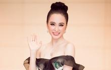 Angela Phương Trinh đẹp cuốn hút với váy đen hở vai