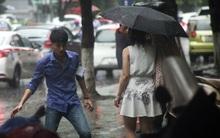 Hà Nội: Dân công sở