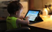 5 lầm tưởng của bố mẹ về tác hại của các thiết bị điện tử đến trẻ nhỏ