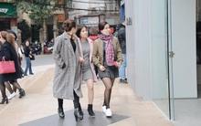 Chưa đến Black Friday, các quý cô công sở đã rộn ràng tranh thủ đi mua sắm
