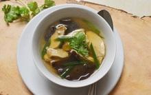5 bước nấu canh gà thanh đạm không lo tích mỡ ngày lạnh