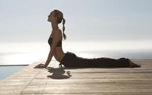 5 cách giúp chữa các vấn đề về đau lưng thông qua tắm rửa, massage và yoga