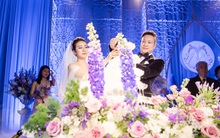 Đám cưới tiền tỷ sân khấu trải toàn hoa tươi nhập ngoại của cô dâu hoa khôi và chú rể Việt kiều