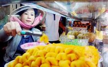Bạn đã thử hết món ngon Campuchia ở khu chợ ẩm thực tồn tại nửa thế kỷ giữa lòng Sài Gòn?