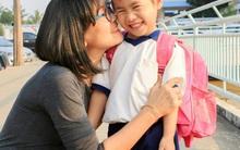 Để con chuyển từ mẫu giáo lên lớp 1 không bị hẫng, ngay bây giờ cha mẹ phải làm những việc sau