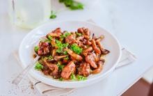 Gà sốt nấm đơn giản ngon cơm