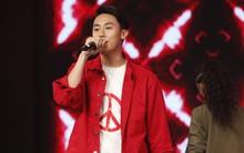 Rocker Nguyễn nói về nụ hôn nóng bỏng với Angela Phương Trinh trong Glee