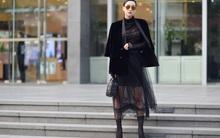 Chuyển lạnh một cái, là street style của các quý cô miền Bắc lại ngập tràn các loại áo len và áo khoác