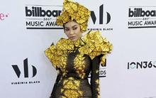 Ngợp mắt với hình ảnh sao diện đồ xuyên thấu, kỳ dị trên thảm đỏ Billboard Music Awards 2017