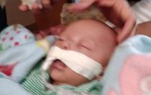 Ngủ quên khi đang cho con bú, mẹ đã vĩnh viễn mất con trai mới 7 tháng tuổi