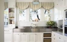 Phòng bếp điệu đà với những mẫu rèm cửa đẹp ngất ngây