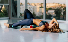 Dùng ống lăn phục hồi cơ bắp trước khi tập luyện: Nên hay không?