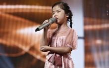 Văn Mai Hương bật khóc khi nghe cô bé khiếm thị Minh Hiền nói về ước mơ