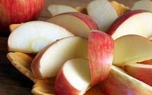Tôi đã biết cách để táo cắt ra không bị nâu mà vẫn trắng tinh như Bạch Tuyết luôn đấy nhé