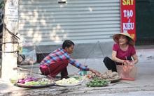 Thân thương những góc chợ quen buổi sớm trong ngõ nhỏ Hà Nội