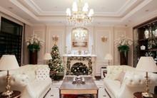Ngắm ngôi biệt thự lung linh màu sắc Giáng sinh ở Long Biên, Hà Nội