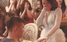 """Chủ động lên kế hoạch cầu hôn bạn trai, cô gái xinh đẹp tự nhận """"ế 21 năm"""" nhận được cái kết bất ngờ"""