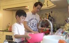 Đăng Khôi cùng con trai 4 tuổi xông pha vào bếp