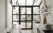 Ngôi nhà 27m² ở Hà Nội: Từ chiếc hộp đóng kín thành tổ ấm thoáng, xanh, đầy cảm hứng của vợ chồng trẻ