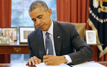 Nếu con bạn thuận tay trái thì xin chúc mừng, các thiên tài thường thuận trái thế này cơ mà!