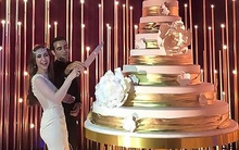 Đám cưới 240 tỷ xa hoa nhất hành tinh của cặp đôi