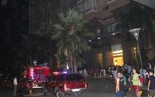 Tưởng chuông báo cháy là diễn tập, hàng trăm hộ dân chung cư Saigon Pearl tháo chạy trong đêm khi thấy khói bốc lên