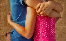 Thiếu nữ 14 tuổi quan hệ với 11 bạn trai nên không thể biết.. 'tác giả' bào thai