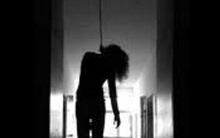 Một người phụ nữ tử vong trong tư thế treo cổ tại phòng trọ