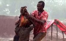 Cuộc sống địa ngục của hơn 40.000 trẻ em tại các khu mỏ châu Phi