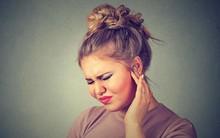 Ai bảo chỉ trẻ em mới bị nhiễm trùng tai, chị em cũng rất dễ mắc bệnh bởi những lý do đơn giản thế này