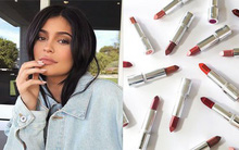 Kylie Jenner tiếp tục đốn tim các nàng bằng dòng son mới với 20 tông màu siêu hot