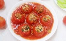 Cơm tối nóng hổi đậm đà với cà chua nhồi thịt hấp dẫn