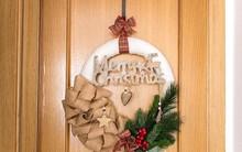 Cách làm vòng treo cửa đơn giản mà đẹp trang trí nhà đón Giáng sinh