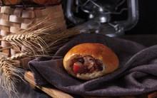 Bạn hoàn toàn có thể tự làm bánh mì thịt kho ngon bất ngờ theo cách này