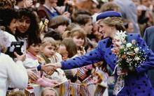 Không phải tước vị hoàng gia, trái tim rộng mở và phong thái của Công nương Diana mới là điều cả thế giới ngưỡng mộ